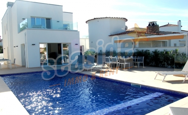 Die Villa HUTG-049029-41